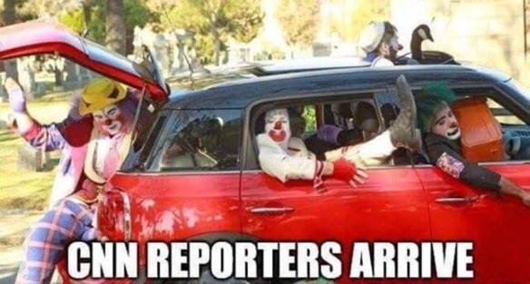 Media-CNN-reporters-clown