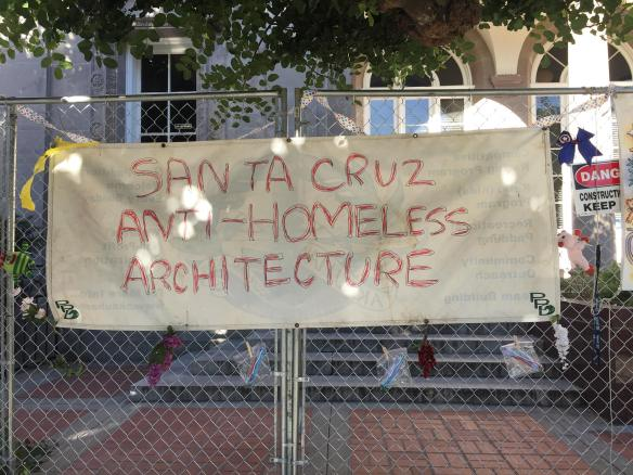 anti-homeless-architecture-fence-decorating-party-santa-cruz-post-office_1